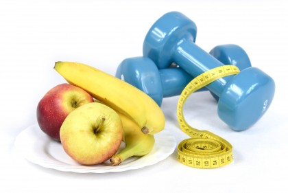 Picture of weights and fruit, Creative Commons